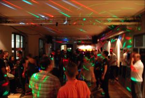 Zurka - Feier mit Geflüchteten der IfF